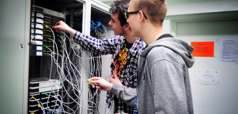 Informatyk – Szkoła z przyszłością – nie tylko ze względu na nowoczesne kierunki nauczania