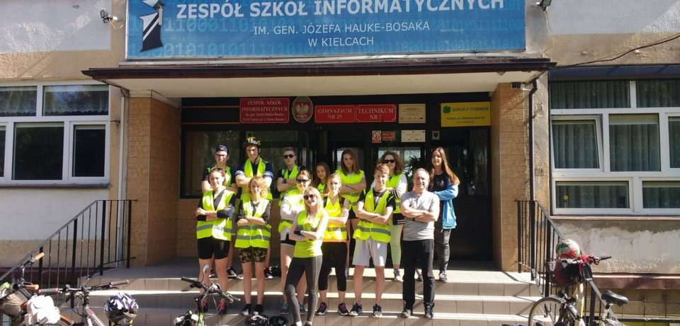Uczniowie naszego gimnazjum na rajdzie pieszo-rowerowym z okazji Dnia Dziecka