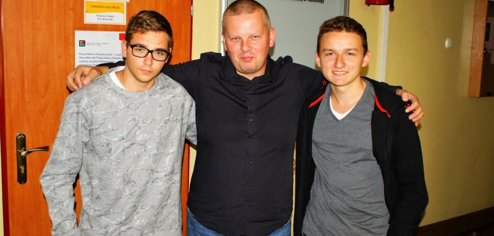 Uczniowie Informatyka na szkoleniu szachowym z Mistrzem Międzynarodowym