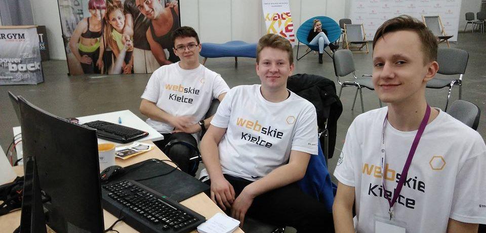 Reprezentanci Informatyka próbują swoich sił w Hackathonie Idea Kielce