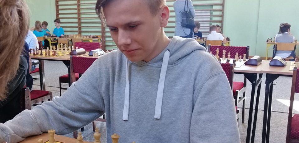 Filip Woroch z Informatyka czwartym szachistą w Województwie Świętokrzyskim.